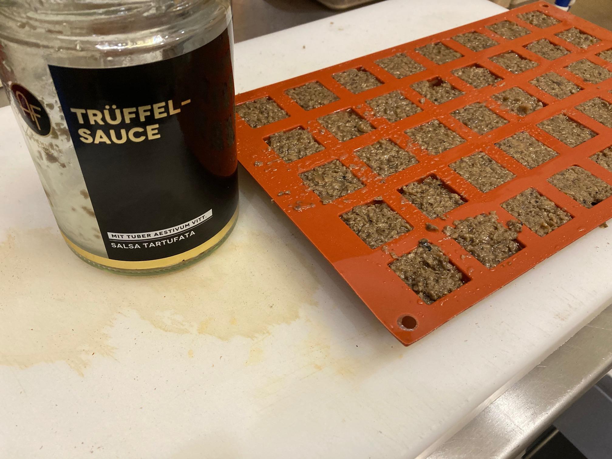 Trüffel Sauce Mise en Place