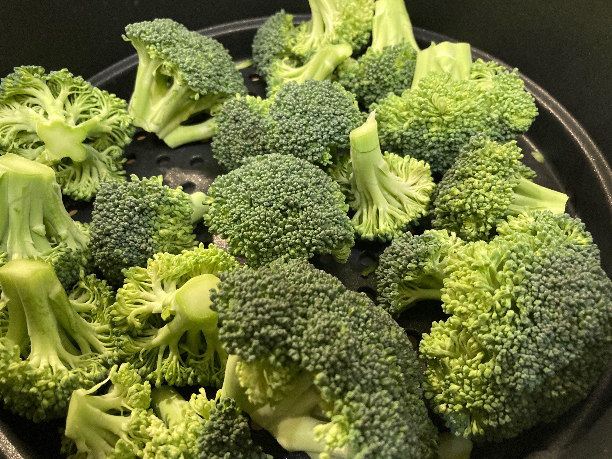 Brokkoli gedämpft